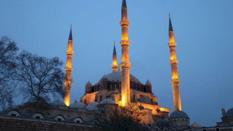 Ramazan Ayı Bir Mekteptir